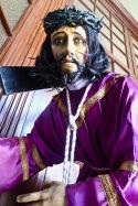 Même Jésus a l'air épouvanté.